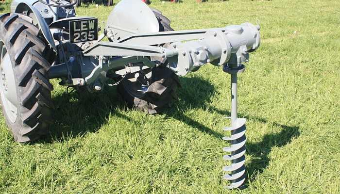 BEST POST HOLE DIGGER FOR TRACTOR 2020
